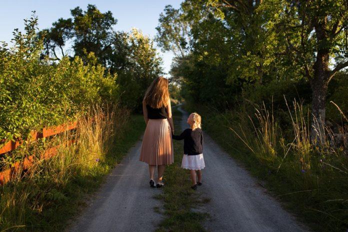 parenting tips on child behaviour