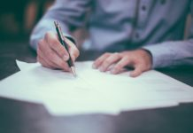 Do you want to know how to write a business plan? Gone are the days of 30 – 40 pages business plans. Modern business plans are shorter, easier to write and easier to read. This article gives a standard format of modern business plan and what the key components of a business plan means