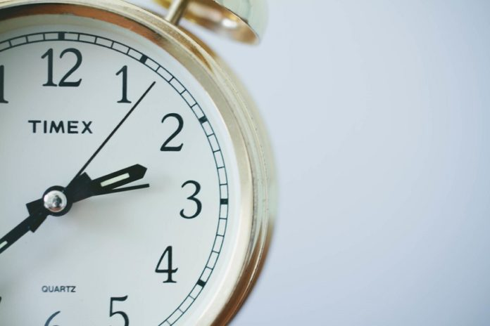 Have you always felt like you can't just get anything done? If so, it's simply because you can't manage time. The clock itself cannot manage your time because clock time is irrelevant. You don't live in or even have access to clock time. You live in real time, a world in which all time flies. This article gives 7 tips to manage your time.