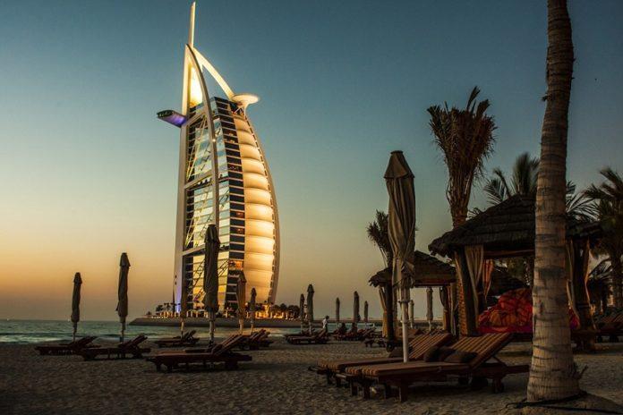 Oasdom.com 6 facts about Dubai Burj Khalifa
