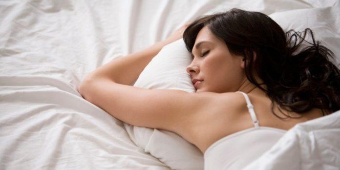 Oasdom.com wearing a bra while sleeping