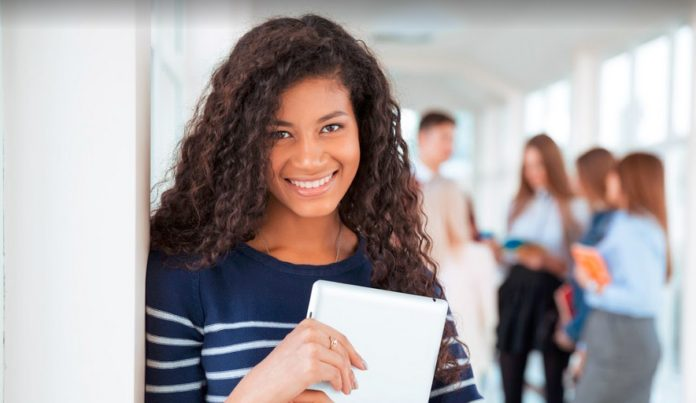 About to start your university education? Before a bird learns to fly it has always stayed in the comfort of the nest but one day, it' will have to leave and fend for it self. Such is the life of a student just entering into the university system. Here are 5 important things you should know when starting out