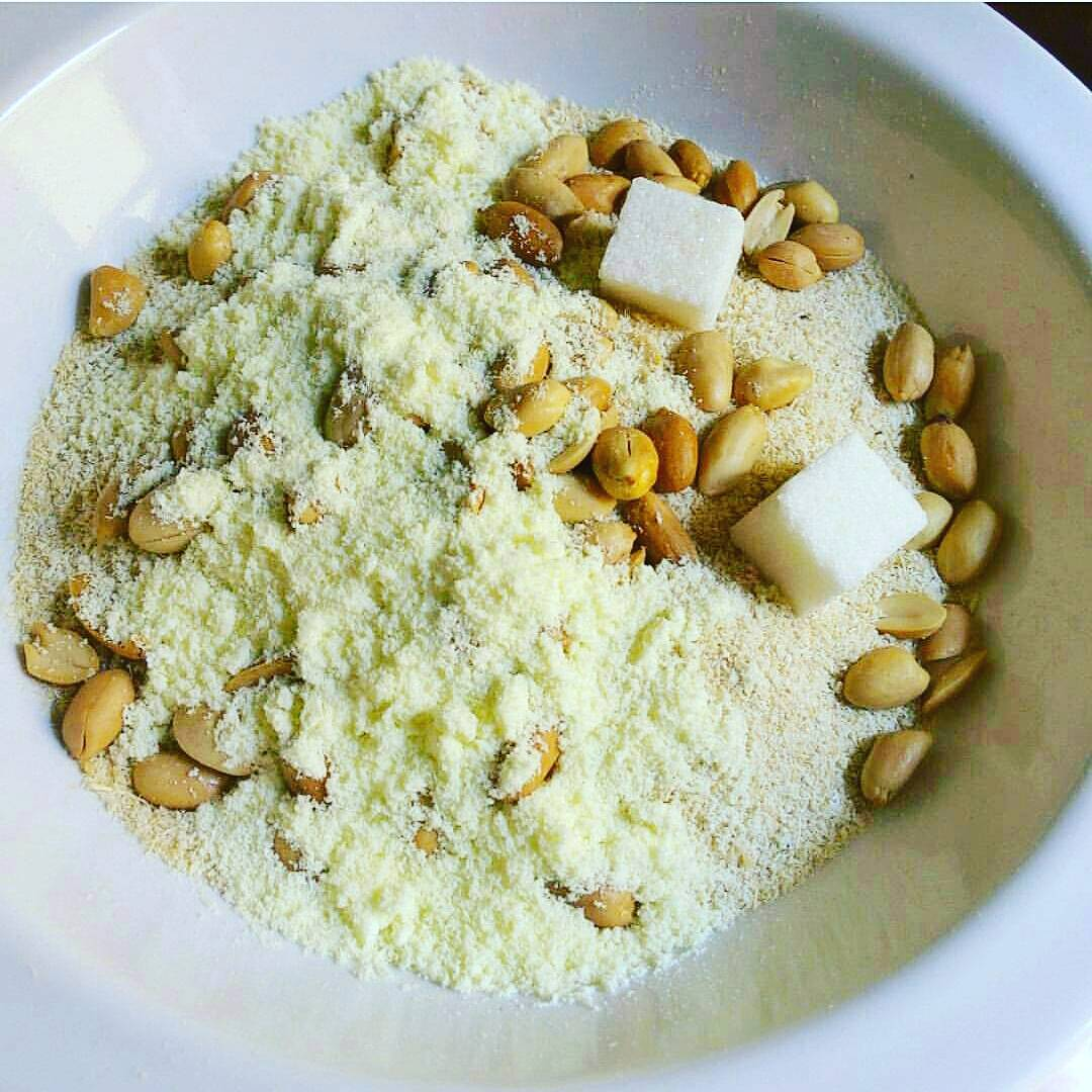 Nigerian Garri - popular Nigerian food