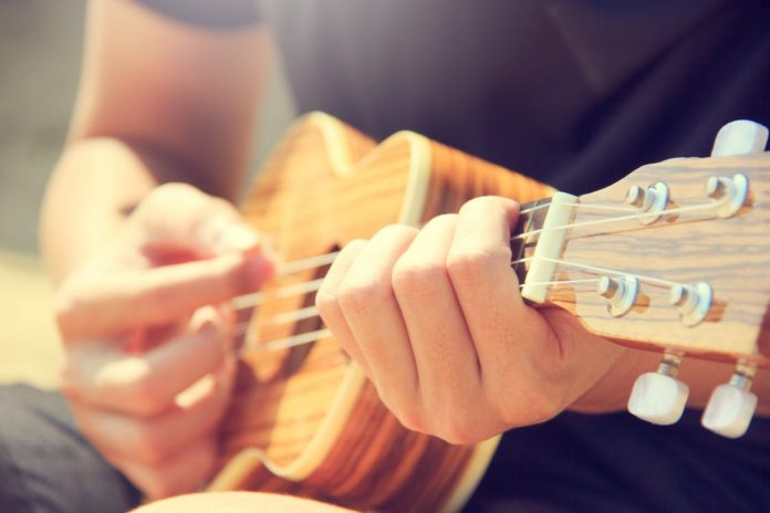 What is your hobby? Do you write poems, draw pictures, bake cakes, play guitar? (You name it!). You can turn your hobby into a business. Follow these steps