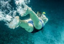 If you don't have much confidence in your swimming skills, This guide from Bright Side will help you finally feel in the water like a fish.
