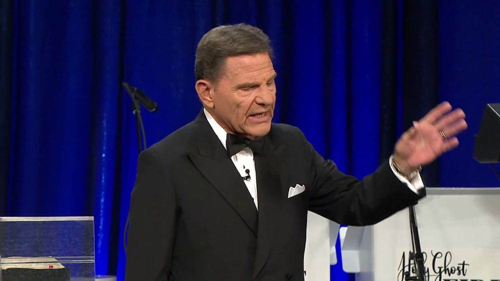 Keneth Copeland pastor and author in the world