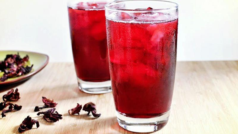 making zobo drink in Nigeria