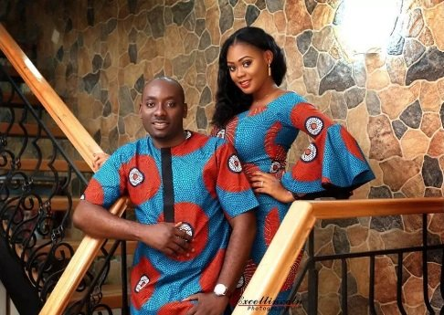 traditional native style prewedding picture