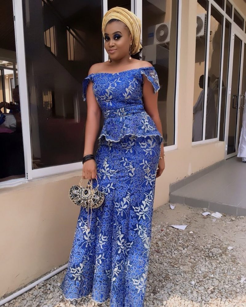 56593eff073a Latest!  Bridesmaid Dresses In Nigeria 2019 to Rock Weddings - Oasdom