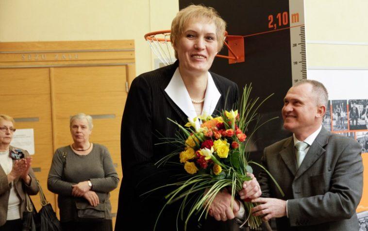 Uljana Semjonova - real life giant - tallest women in the world