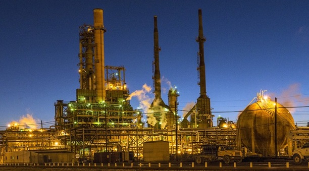 Petroleum refining types of manufacturing industries