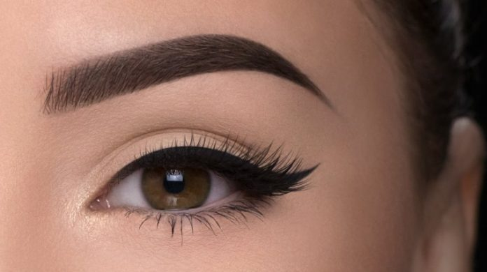 Essential eye brow makeup tips