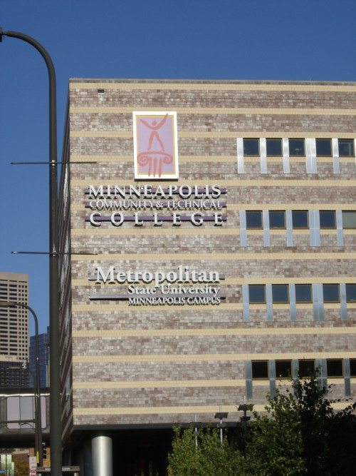 Metropolitan state university online degree program