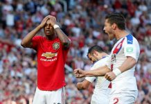 crystal palace stun man united after penalty loss