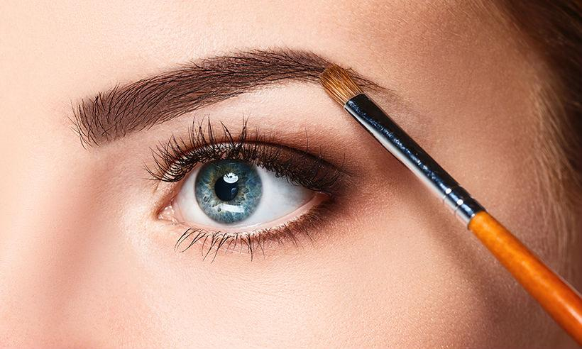 making your eye brow stand out