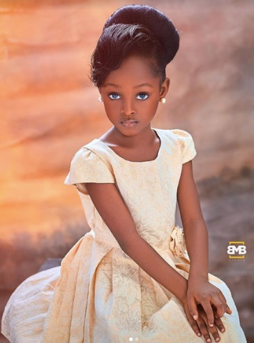 Stylish party hairstyle for kids in Nigeria